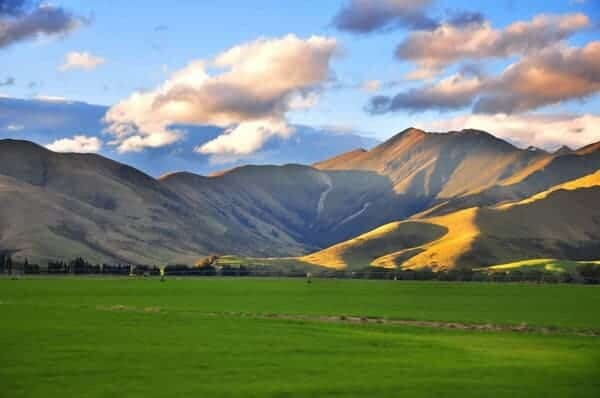 NZ Landscape from the van by Benurs