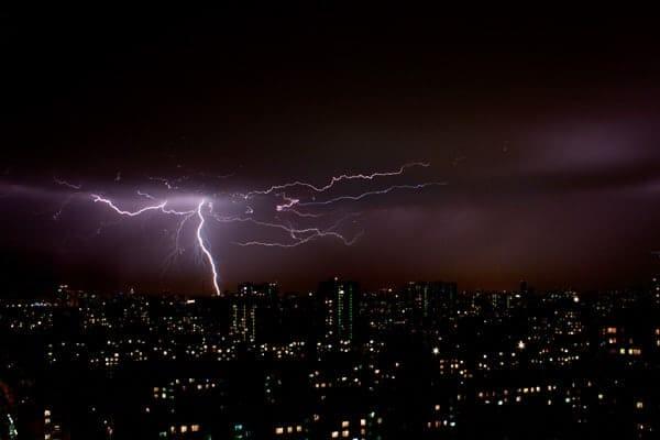Lightning by Dmitry Kalinin