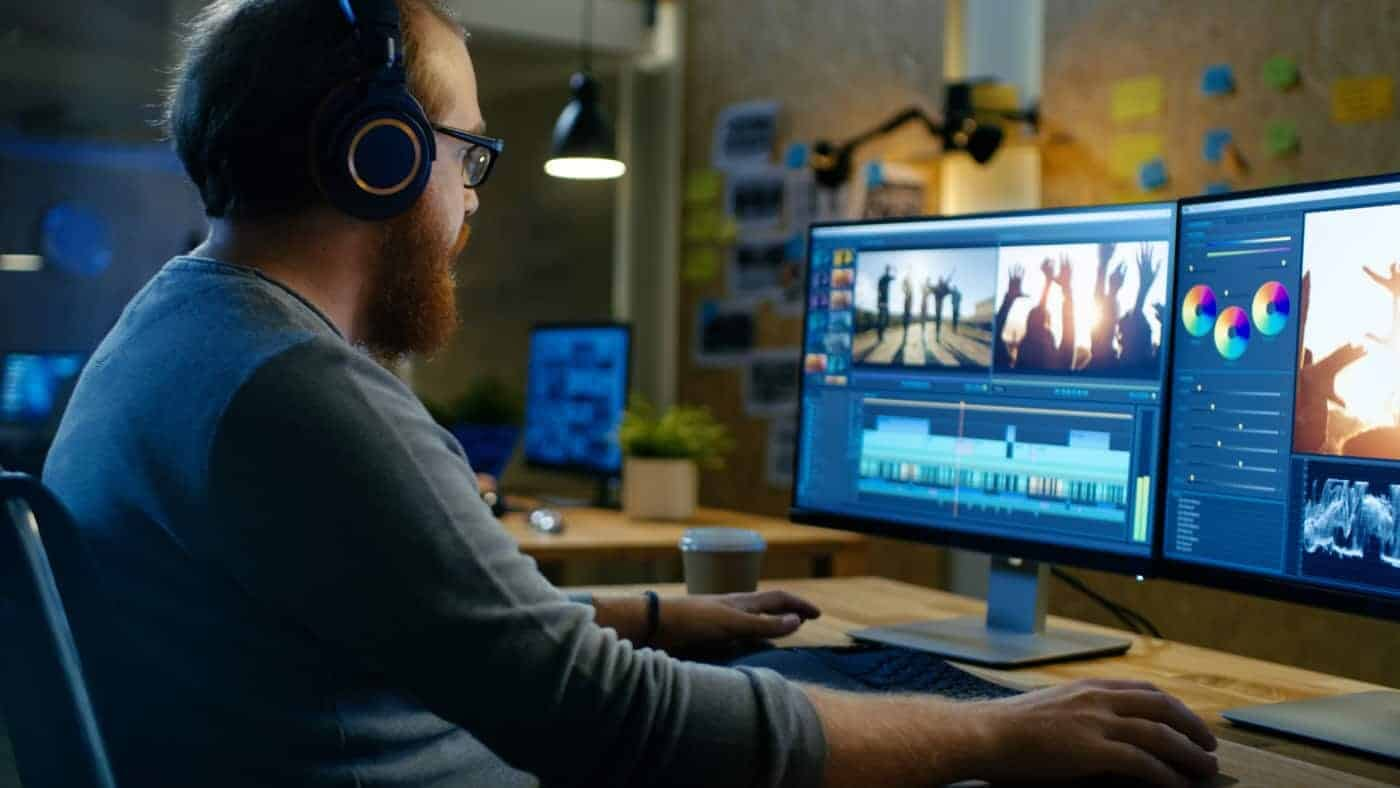 Best Monitors for Video Editing (Top 4 Picks for 2019)