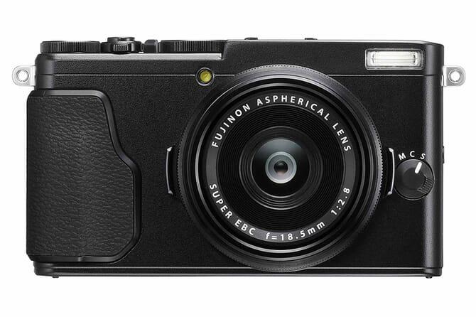 Fujifilm X70 touchscreen compact camera