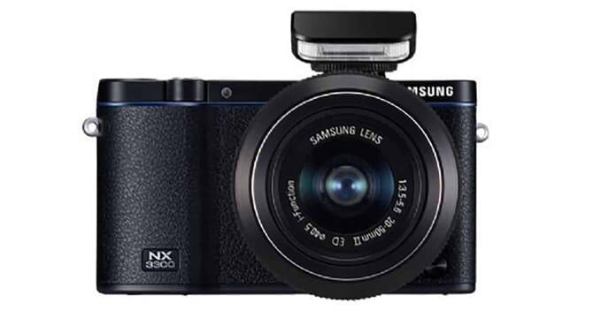 Samsung Mirrorless Camera for Travel
