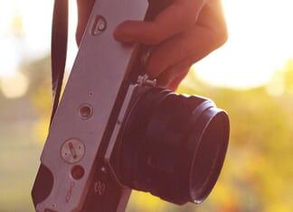 Mirrorless Camera for Travel