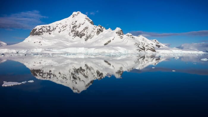 Antarctic Photography Tip: Photographying Reflections