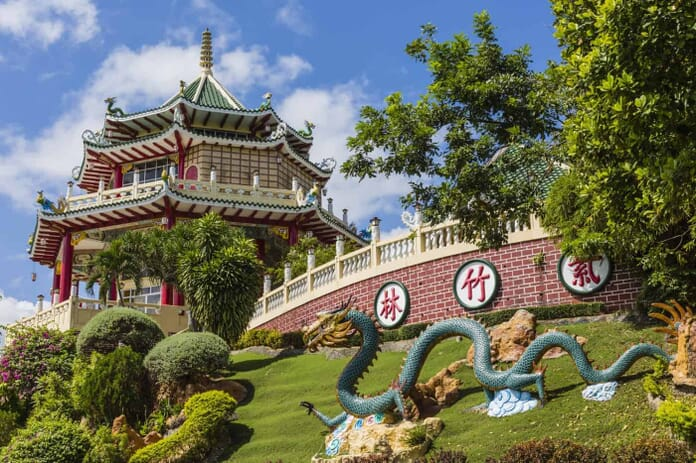 What to Photograph in Cebu: Pagoda and dragon sculpture of the Taoist Temple in Cebu, Philippines