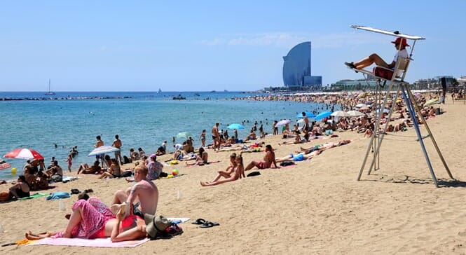 Best Places to Photograph in Barcelona - Barceloneta Beach