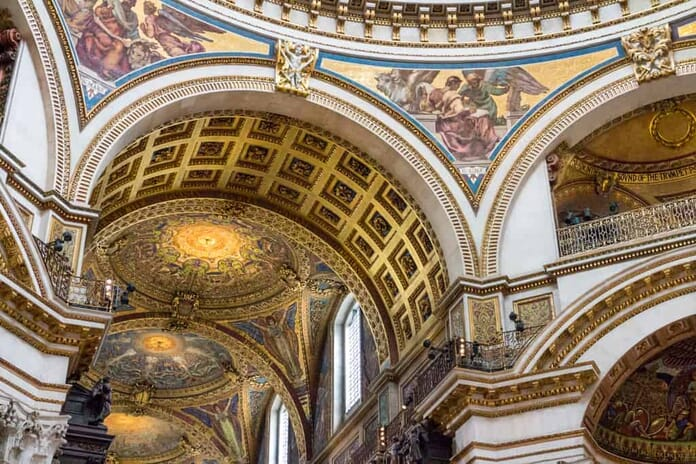 Best Places to Photograph in London - St. Paul's Cathedral