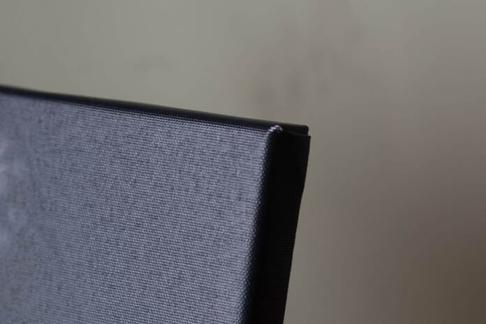 A photo of the corner of my canvas print from CanvasDiscount (actual review).