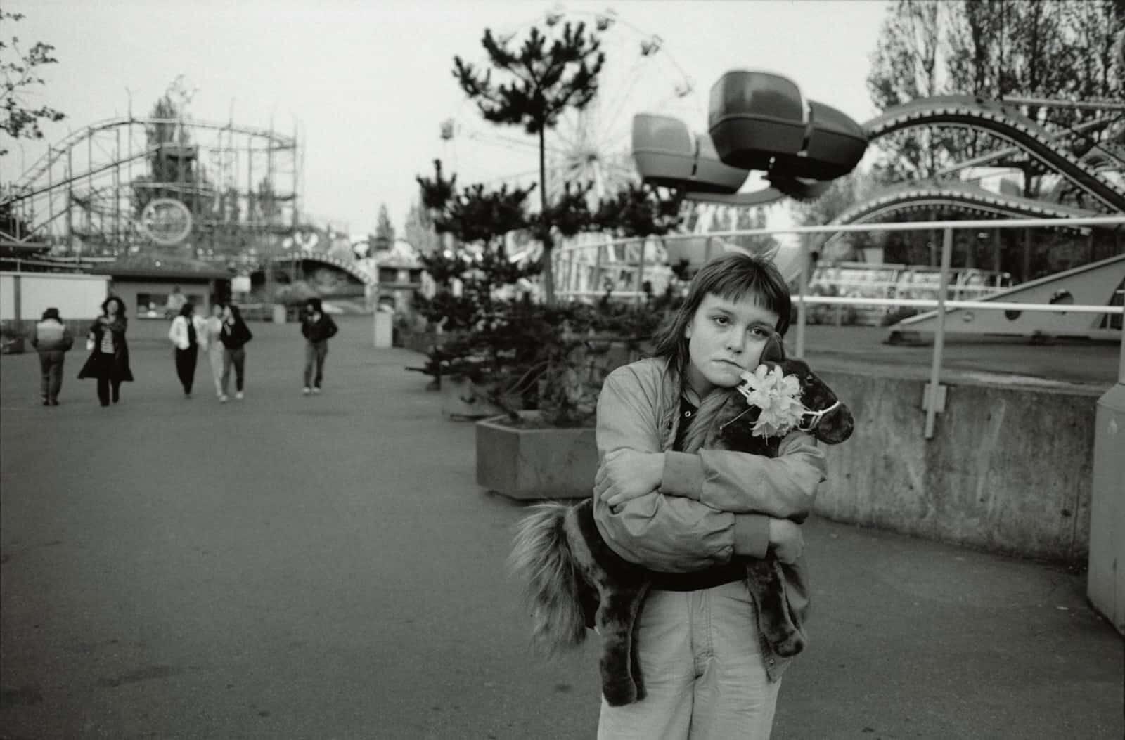 girl with horse teddy