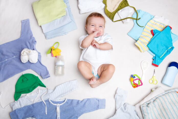 Newborn photography tips baby with accessories