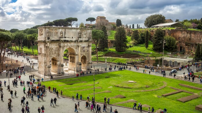 Travel photography tips - Arch of Constantine