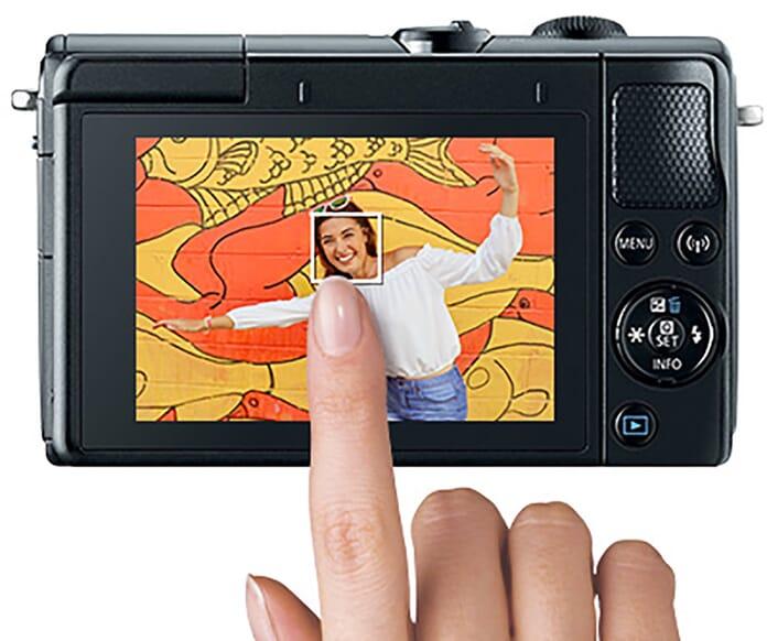 Canon M100 LCD touchscreen