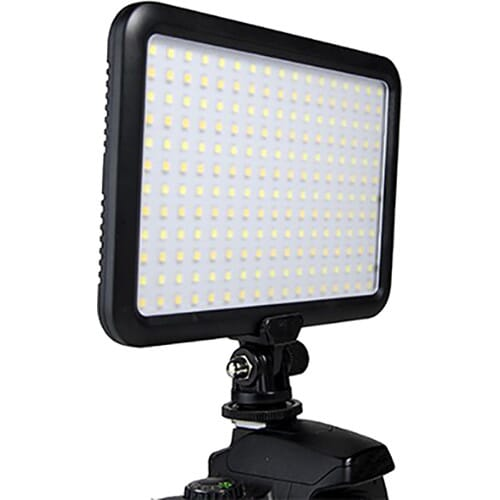 Savage LED204 Luminous Pro best on camera light